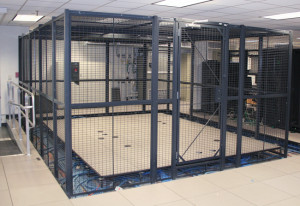 WireCrafters-CardLock-Server-Cage